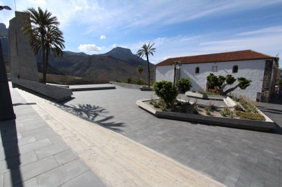 D4-F644-plaza-de-espana